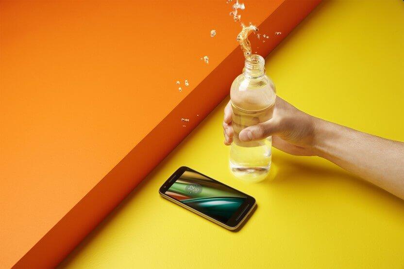 Moto E3 Water Proof