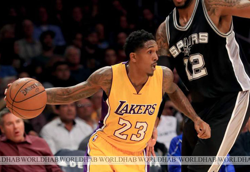 Los Angeles Lakers vs New Orleans Pelicans Live Streaming NBA 2016-17 Info.