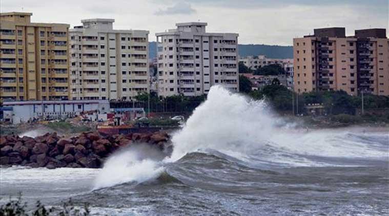 Cyclone Vardah- Tamil Nadu CM Seeks Rs. 1000 Crore Aid from PM Modi