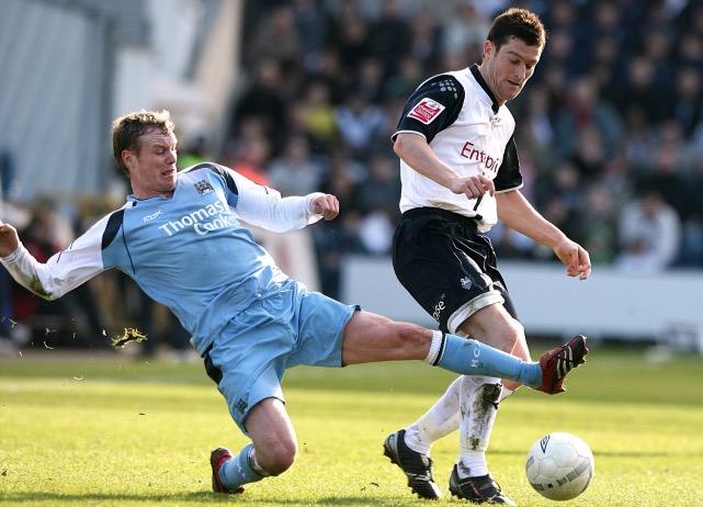 huddersfield town vs manchester city