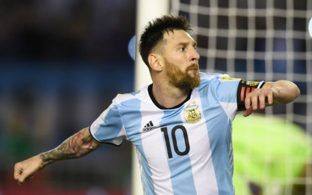 Lionel Messi gets Four Match ban for Insulting Assistant referee in last WCQ