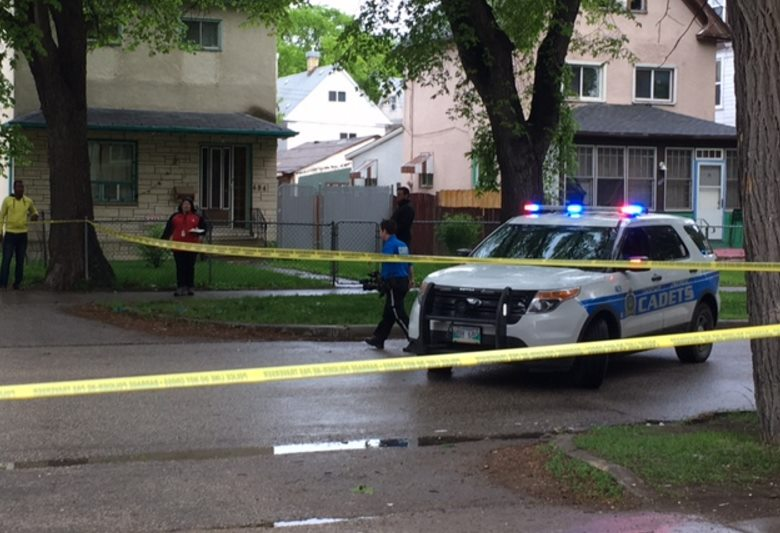 Man found bleeding, critical condition on Street in Winnipeg's West End