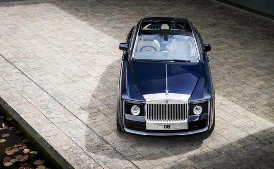 Rolls-Royce Sweptail Revealed - 12.8 million USD car is not for Sale, Check PHOTOS